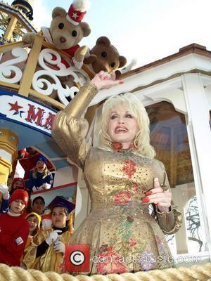 Dolly Named Top Tennessean