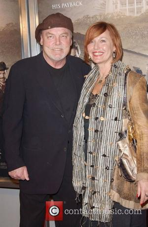Stacy Keach Sells Up For Poland Move