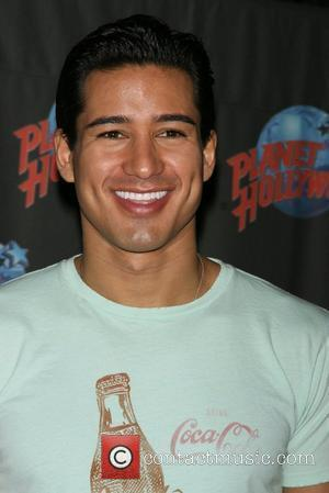 Mario Lopez, Times Square, Planet Hollywood