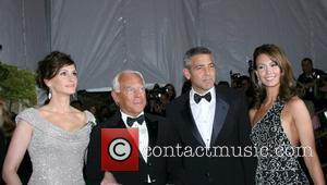 Julia Roberts, Giorgio Armani, Sarah Larson and George Clooney