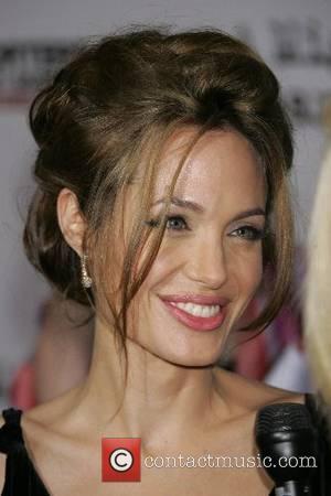 Jolie Backtracks On Censoring Interviews