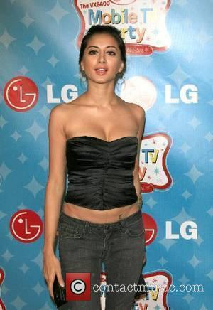 Noureen Dewulf LG Mobile Phones presents LG's Mobile TV Party, a salute to the beloved TV shows and stars of...