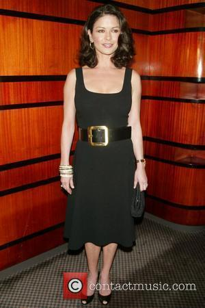 Zeta-jones: 'I'm Scared Of Being Skinny'