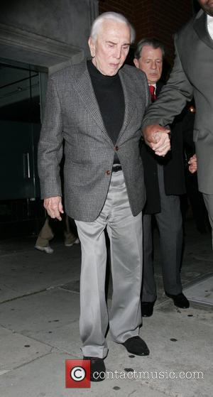 Kirk Douglas Confuses Himself With Son Michael