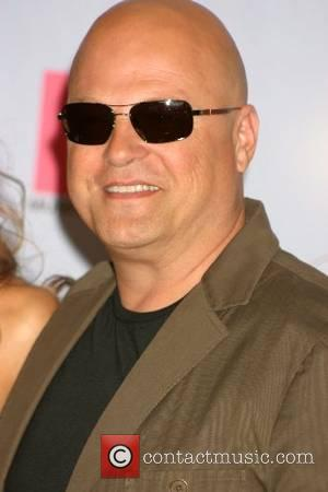 Chiklis Bans Daughter From Watching Her Own Show
