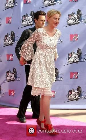 Alice Evans and Ioan Gruffudd '2007 MTV Movie Awards' at the Gibson Amphitheatre at Universal Studios Los Angeles, California -...