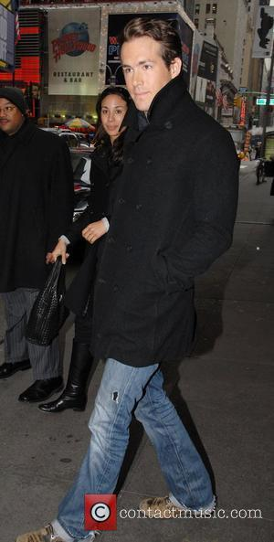 Ryan Reynolds, Mtv, Mtv Trl Studios and Times Square