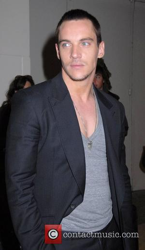 Rhys Meyers Arrested For Airport Rant