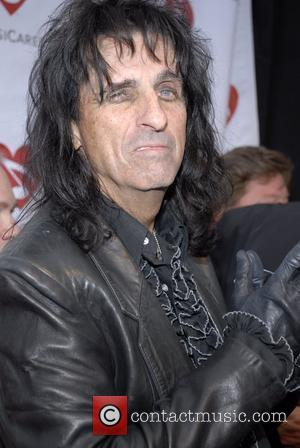 Hotel Employees Arrested Over Alice Cooper Theft