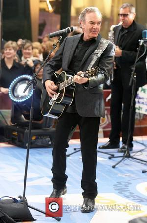 Neil Diamond Confirmed To Play Glastonbury This Year