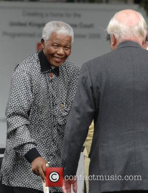 Apartheid Leader Botha Dies