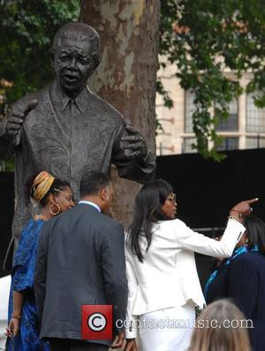 Jesse Jackson and Naomi Cambell Unveiling of Nelson Mandela's statue in Parliament Square London, England - 29.08.07