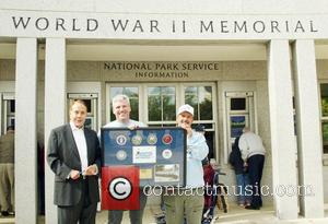 Bob Dole and Honor Flight Members