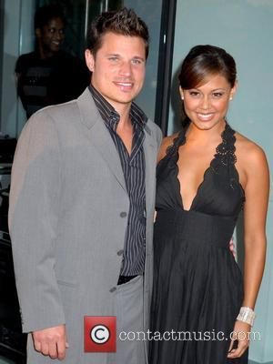 Lachey Keeping Private Life Under Wraps