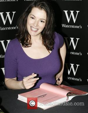 Nigella Lawson signs copies of her new book