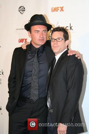 Julian Mcmahon and Dylan Walsh