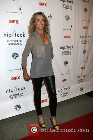 Hutton To Star In Nip/tuck