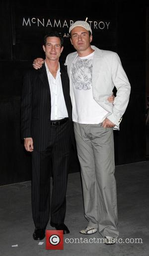 Dylan Walsh and Julian McMahon Celebrating nip/tuck's move from Miami to Los Angeles Hollywood, California -25.10.07