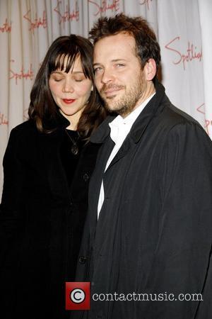 Maggie Gyllenhaal and Peter Saarsgard