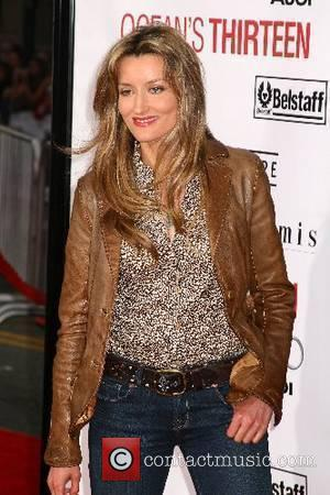 Natascha McElhone Los Angeles Premiere of 'Ocean's 13' held at Grauman's Chinese Theatre - Arrivals Los Angeles, California USA -...