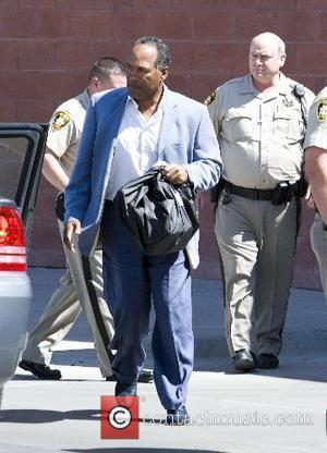 O.J. Simpson Party In Jail - Disgraced Footballer Enjoys Super Bowl Party On the Inside