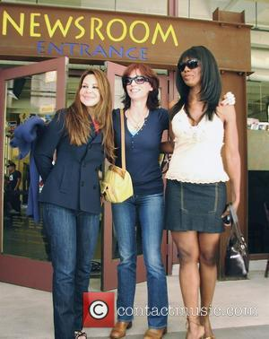 Omarosa Manigault-Stallworth, Nely Galan, and Marilu Henner (from Donald Trump's 'The Apprentice') have lunch at Newsroom Cafe on Robertson Boulevard...