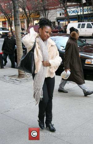 Robin Quivers out and about in Manhattan New York City, USA - 11.03.08