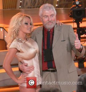 Pamela Anderson and Fan Fritz From The Audience