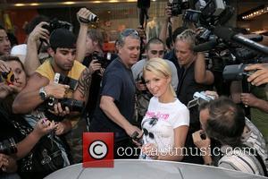 Paris Hilton's Mother Blasts Jail Sentence As 'A Joke'