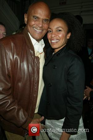 Belafonte Dedicates Award To His Black Heroes
