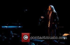 Patti Smith Injured Onstage