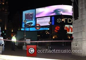 Piccadilly Circus and Police