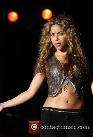 Shakira + Sanz Deny Sex Tape Prank