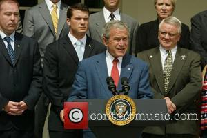 Game Of Thrones Bosses Apologise For George Bush Scene