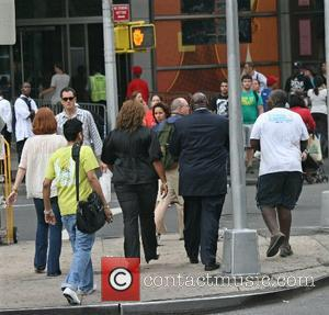 Queen Latifah Queen Latifah leaving her Manhattan hotel with her mother Rita Owens, and met up with CBS News Sunday...