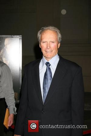 Eastwood Compares Jolie To Hollywood Greats