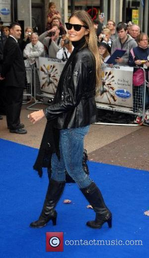 Elle McPherson  Ratatouille - UK Premiere Odeon Leicester Square  London, England - 30.09.07