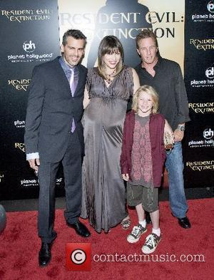 Oded Fehr, Las Vegas and Milla Jovovich