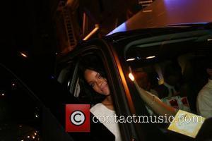 Umbrella Keeps Rihanna The Reigning Queen Of Europe