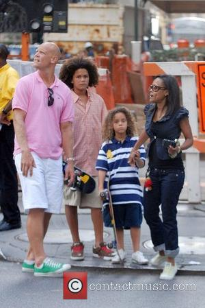 Robin Givens out and about with her family including sons Michael and William New York City, USA - 26.08.07