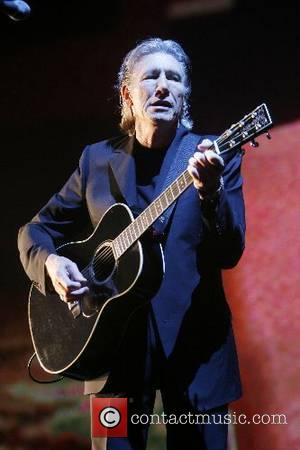 Roger Waters performing live at Earls Court London, England - 11.05.07