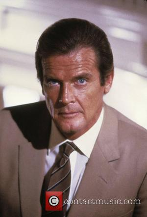 *SIR ROGER MOORE CELEBRATES HIS 80TH BIRTHDAY ON 14TH OCTOBER 2007  Roger Moore (as James Bond) 'A View to...