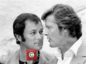 *SIR ROGER MOORE CELEBRATES HIS 80TH BIRTHDAY ON 14TH OCTOBER 2007  Tony Curtis and Roger Moore  late 1960's