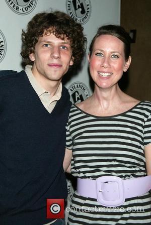 Jesse Eisenberg and Miriam Shor
