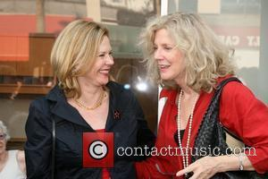 Jobeth Williams and Blythe Danner