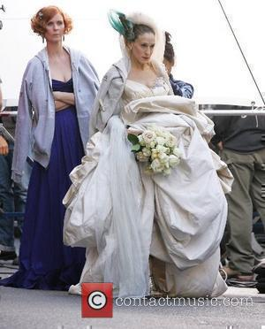 Cynthia Nixon, Sarah Jessica Parker on the film set for 'Sex And The City: The Movie' New York City, USA...