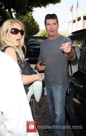 Cowell Accused Of American Idol Fix