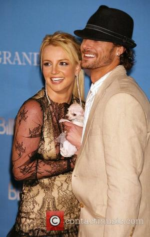 Billboard, Britney Spears, Kevin Federline and Sean Preston