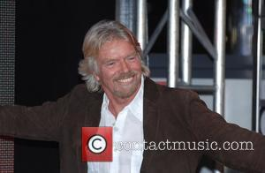 Branson Cleans Up Necker Island