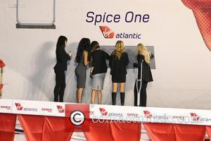 Spice Girls Fans Snub Homecoming